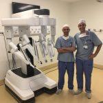 Dr Luiz Edgar Castanheira faz treinamento em cirurgia robótica